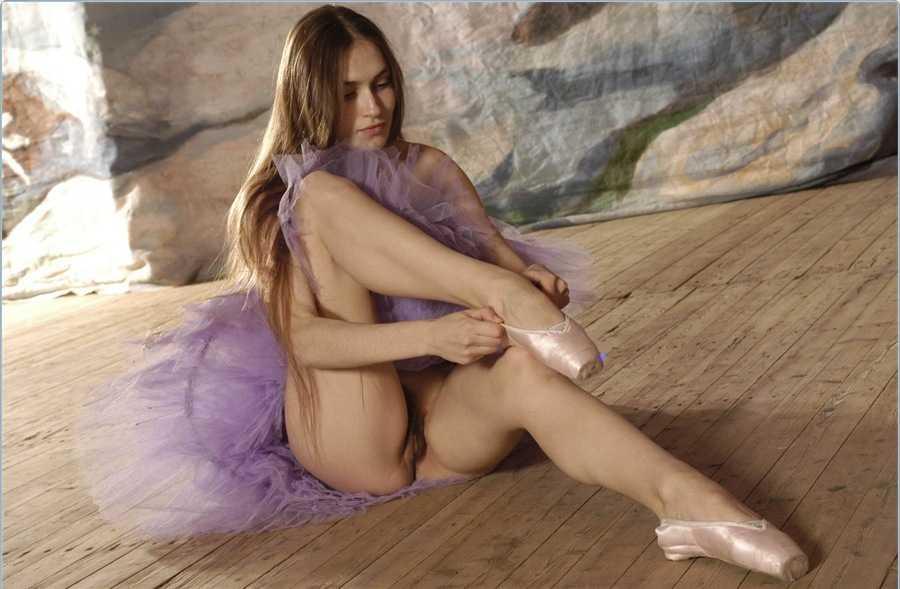 Голая балерина 14