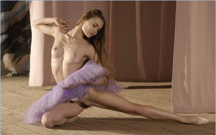 Голая балерина 8