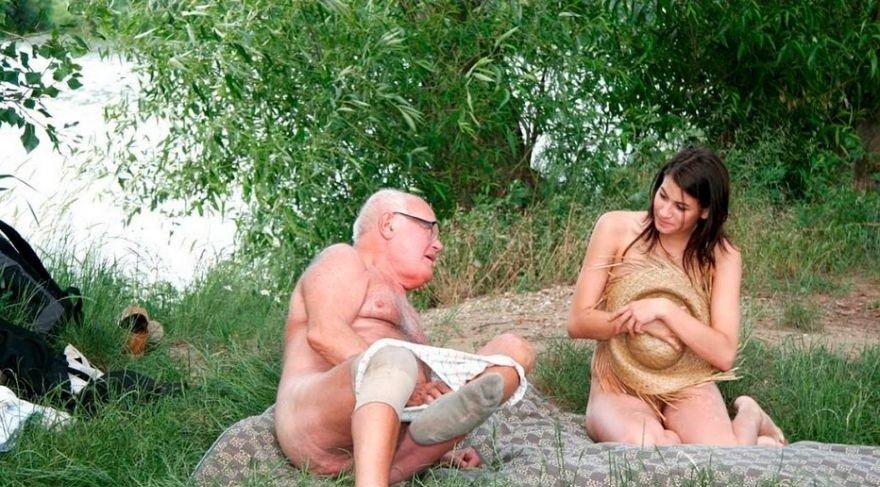 Зрелые и старые нудисты, интим фото 9