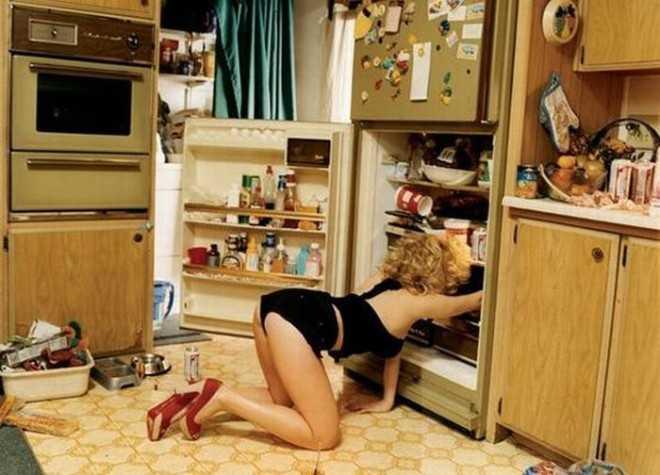 Домработница и холодильник