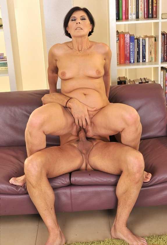 Порно Зрелых Мощными Фигурами