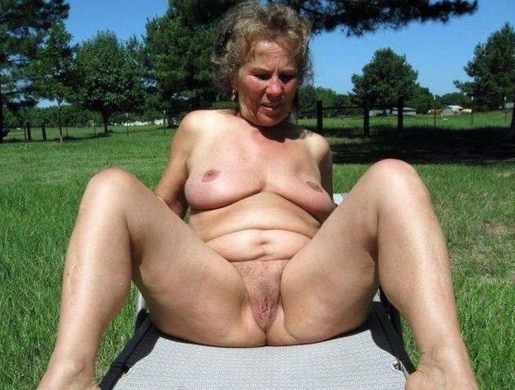 Фото голых толстых нудистов