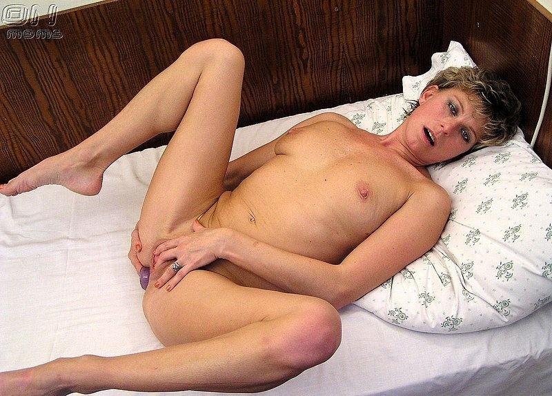 Анальный секс игрушкой фото 9
