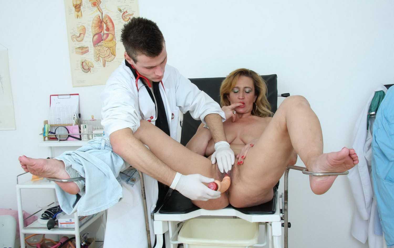 Шлюхи у гинеколога 15 фотография