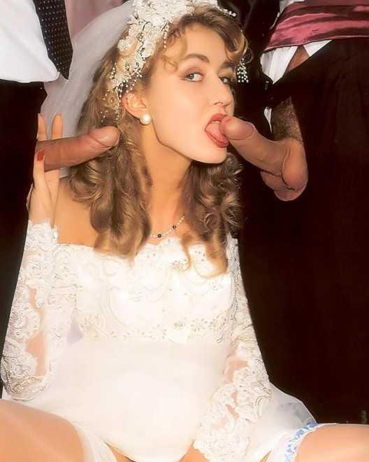 Невеста берёт в рот