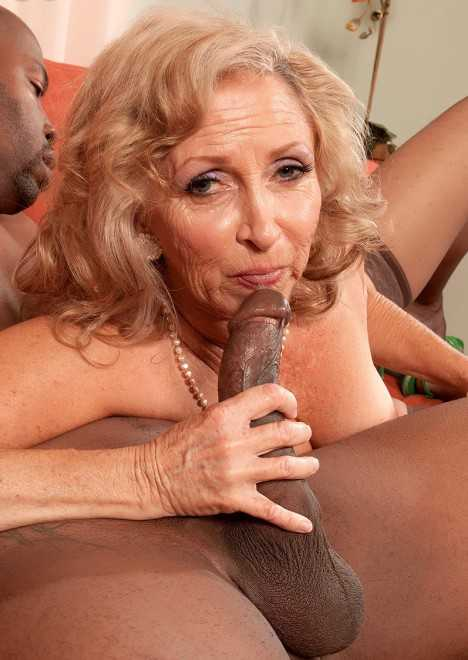 скачать порно фото старых черных женщин
